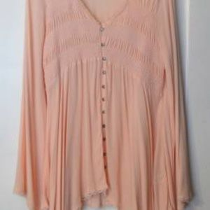 Handerchief hemline blouse, pink/peach colored